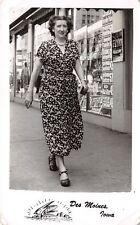 Des Moines Iowa~Fashionable Lady~Flynn Building~Katz Drug Store~1940s RPPC