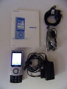 telephone portable mobile nokia 6700 slide SFR avec boîte