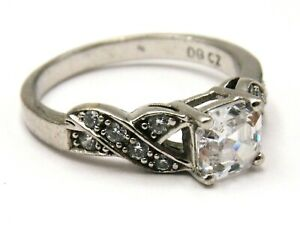 Sterling silver ring solitaire cubic zirconia decorated shoulders by QVC size O