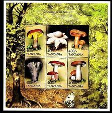 TANZANIA - 1999 - Funghi e animali selvatici provenienti da tutto il mondo
