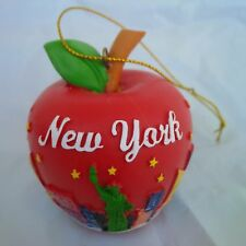 NEW YORK CITY SKYLINE AROUND AN  APPLE PLASTIC WITH HOOK 2.5 INCHES SOUVENIR