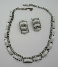SET VINTAGE KRAMER WHITE THERMOSET CHOKER NECKLACE & CLIP EARRINGS RHINESTONES