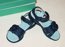NEW Clarks Navy Flower Sporty Leather Sandals Girls Blue Sandals Euro 30 UK 12 F