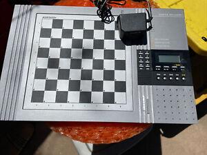 Kasparov Saitek Chess Academy Computer Chess Board K05V - WORKING - *READ*