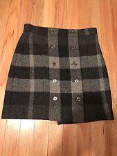 Burberry London Grey Black Lambswool Skirt, Size 4US, 6UK