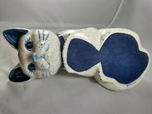 Vintage 1992 Potting Shed Dedham Pottery Curious Peeking Cat Figurine Blue White
