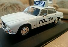 1:43 Diecast Vanguards Jaguar XJ6 Ayrshire Police VA08609 Boxed Ltd Edition Car