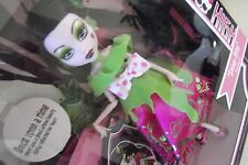 Monster High Story Snow Bite Draculaura Doll