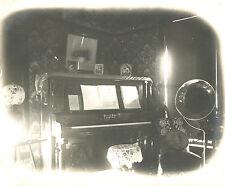 ANTIQUE BANJO EDISON PHONOGRAPH DOLL'S DREAM DOILY LAMP WING PIANO CIGAR PHOTOS
