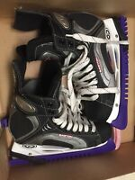 Easton Synergy Ice Hockey Skates 500 Adult Shoe Size 9.5 D Black Silver White 8D