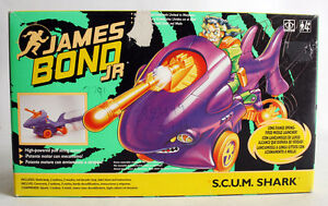RARE VINTAGE 1992 JAMES BOND JR S.C.U.M. SHARK VEHICLE GREEN BOX NEW MIB !