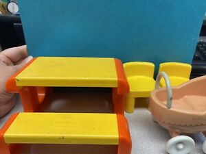 little tikes picnic table with two chairs