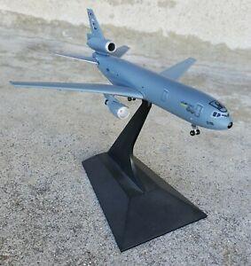 DRAGON WINGS MCDONNELL DOUGLAS KC-10 REFUELING DESK MODEL SCALE 1:400
