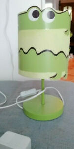 Lampe Crocodile vert pour chambre enfant. Vert Baudet.Modèle N°70319-3229
