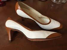 Vtg 1950s 60s Two-Tone Leather Sole Spectator Pumps Heels Shoe Pinup Retro 8.5 A