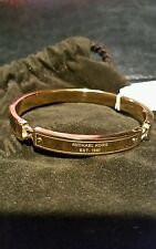 MICHAEL KORS HERITAGE PLAQUE GOLD TONE TORTOISE BRACELET NEW WITH TAG AND POUCH