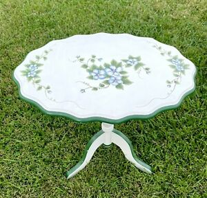 """French Country Cottage Core Hand Painted Drop Leaf Side Table End Table 19.5"""""""