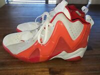 Reebok Kamikaze II 'Ghosts of Christmas Past' size 13 White, Red & Gray