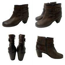 🌟Clarks Size 5.5 Brown Leather Ankle Biker Buckle Mid Heel Boots Womens