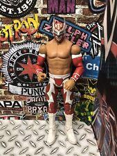 WWE MATTEL BASIC 28 SIN CARA Red White