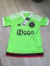 Ajax 2015/2016 Junior Away Football Shirt Age 7-8 Green