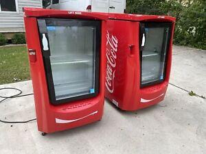 (1) Frigoglass Impulse Chest Cooler Coca Cola Collector Fridge