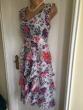 Size 12 Klass Collection Tiered Knee Length Flower Dress
