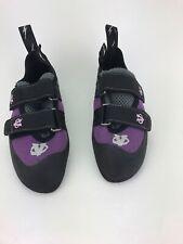 Evolv Rock Climbing Shoes 4.5 (girls)