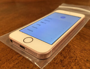 APPLE IPHONE SE/16GB/UNLOCKED/ROSE GOLD/MINT CONDITION + FREE SHIP