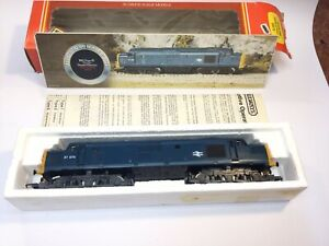 Hornby R.369 BR Class 37 Diesel Locomotive Model Train