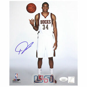 Giannis Antetokounmpo Bucks Signed Autographed 8x10 Photograph Photo JSA Auth #1