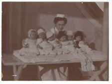 10/656 FOTO KRANKENSCHWESTER KINDER KINDERSEGEN BERUF  - sehr altes Foto