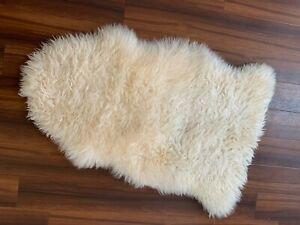 IKEA LLOTROP Pale Cream Small Faux Sheepskin Rug Throw (80cm) Lightly Used