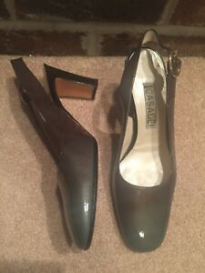 Casadei women's Slingbacks Pumps Size 7B Green patent leather Italy