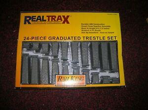 "MTH 40-1033 O GAUGE  "" GRAUATED TRESSLE 24 PC. SET "" NEW BOXED , LOT # 19992"
