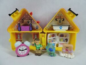 Vintage 1998 Blues Clues Playhouse Playset Figure Lot