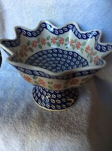 Manufakturaa Polish Pottery Fluted Pedestal Poinsettia Dish Bowl New