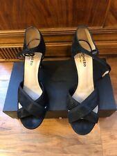Repetto Black Goat Skin Cross Strap Sandals size41
