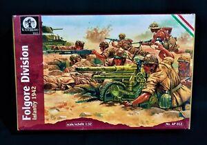 Italian Infantry Folgore Division 14 New Figures, Lot 2.