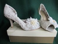 New MONSOON Uk 7 Ivory Peep-Toe VIVIEN Vintage LACE Corsage Bridal Wedding Shoes