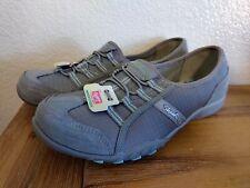New Women's SKECHERS RELAXED FIT Slip on Shoes Memory Foam Gray 7.5 8 8.5 9