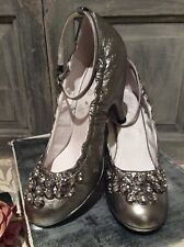 5df3f5b1ededa Firetrap Kelly Silver Leather Shoes Design 2273258 Sz 4