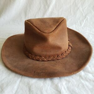 Minnetonka Brown Leather Distressed Medium Made in USA men's