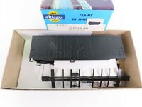 HO Scale Athearn Kit 2090 Undecorated Black 40' Grain Loading Box Car