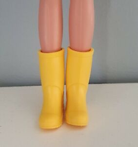Sindy clothes Fashion doll size Yellow Wellington Boots Creatable World 1:6