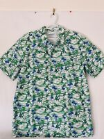 Columbia Sportswear Hawaiian style Vented Short Sleeve Shirt, Size Medium A001