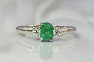 Dazzling 14K White Gold 0.7 ct Natural Emerald and Diamonds Three Stone Ring