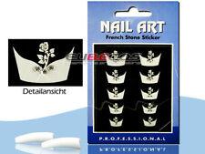 Accessoires et outils de nail art rose avec strass