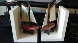 PAIR OF WOODEN L SHAPED BOOKENDS WITH SAILING BOAT DECORATION