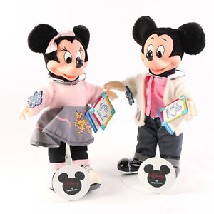 VINTAGE APPLAUSE DISNEY MICKEY AND MINNIE SOCK HOP DOLLS WITH STAND EUC WITH TAG
